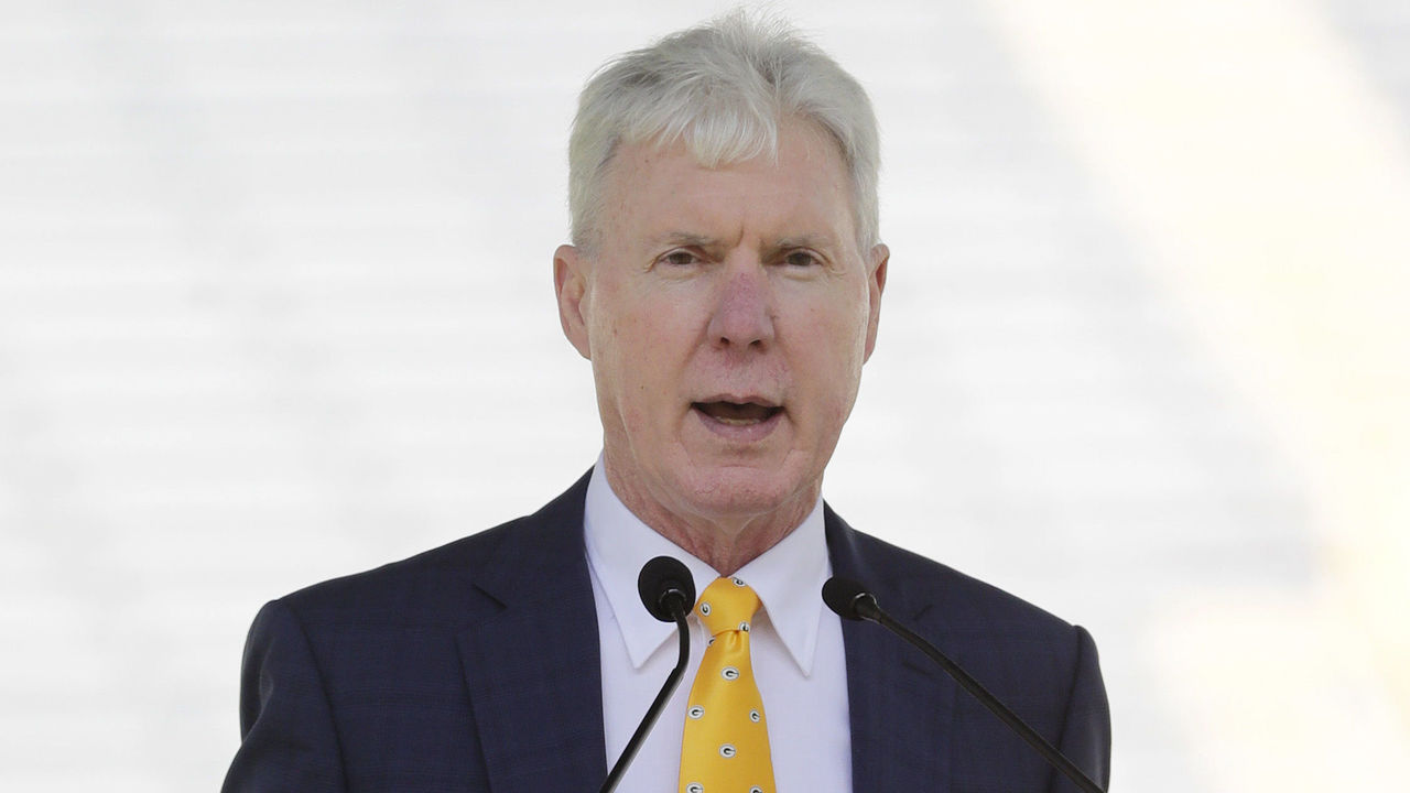 Cropped 2017 07 24t230707z 897111299 nocid rtrmadp 3 nfl green bay packers shareholder s meeting