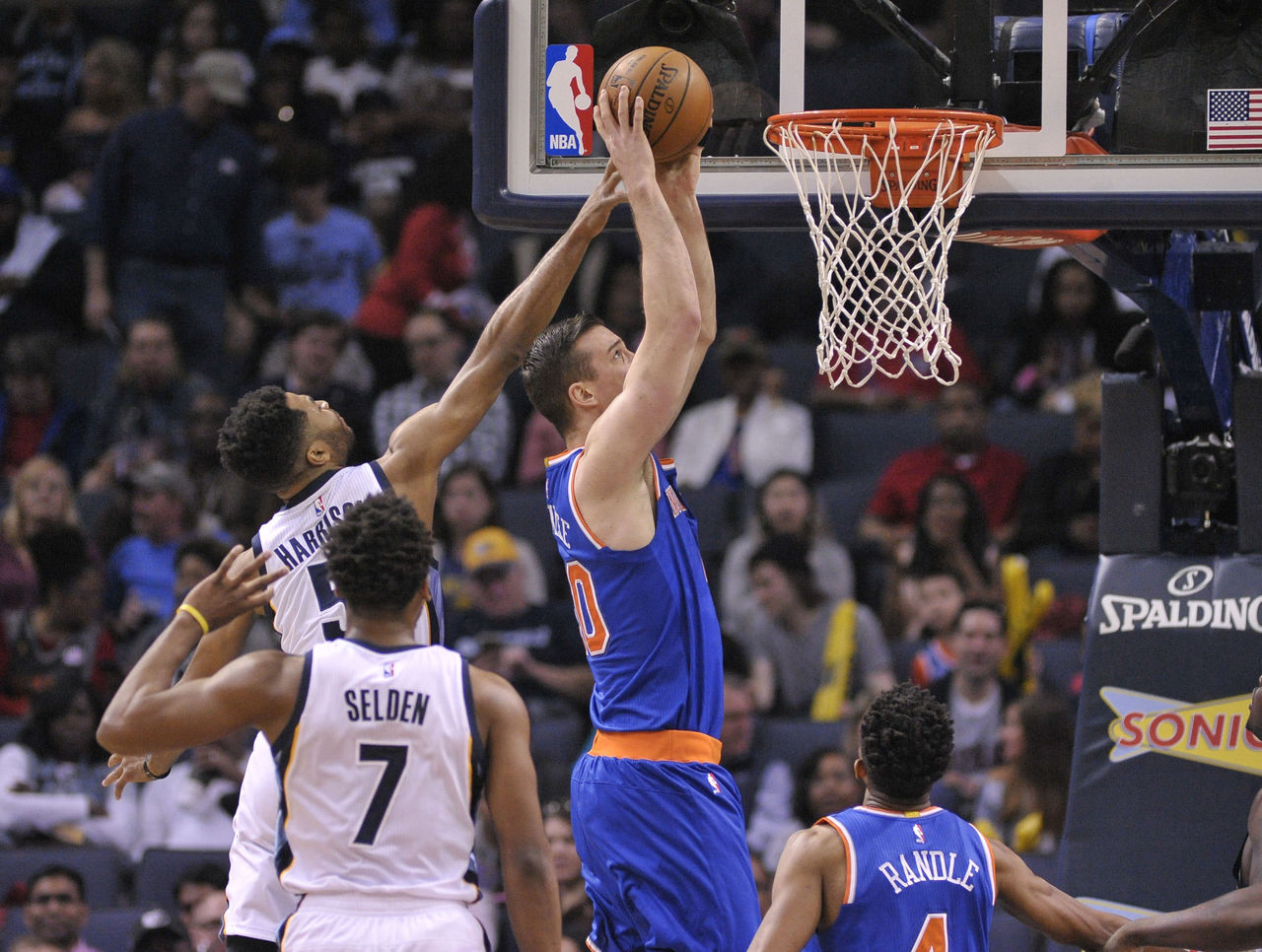 Cropped_2017-04-08t012256z_846196483_nocid_rtrmadp_3_nba-new-york-knicks-at-memphis-grizzlies