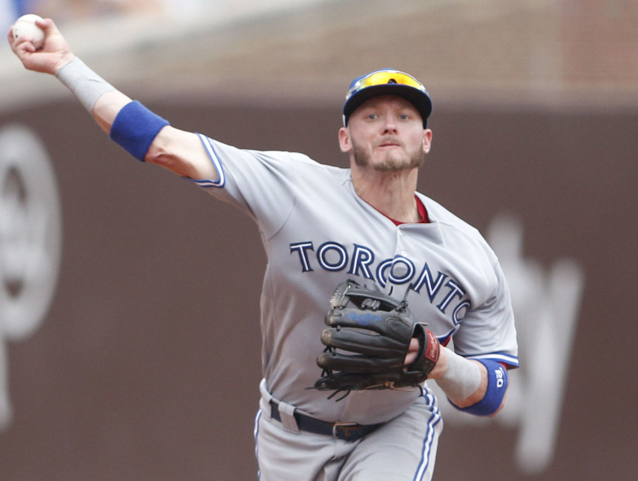 Cropped 2017 08 20t203736z 1473773499 nocid rtrmadp 3 mlb toronto blue jays at chicago cubs