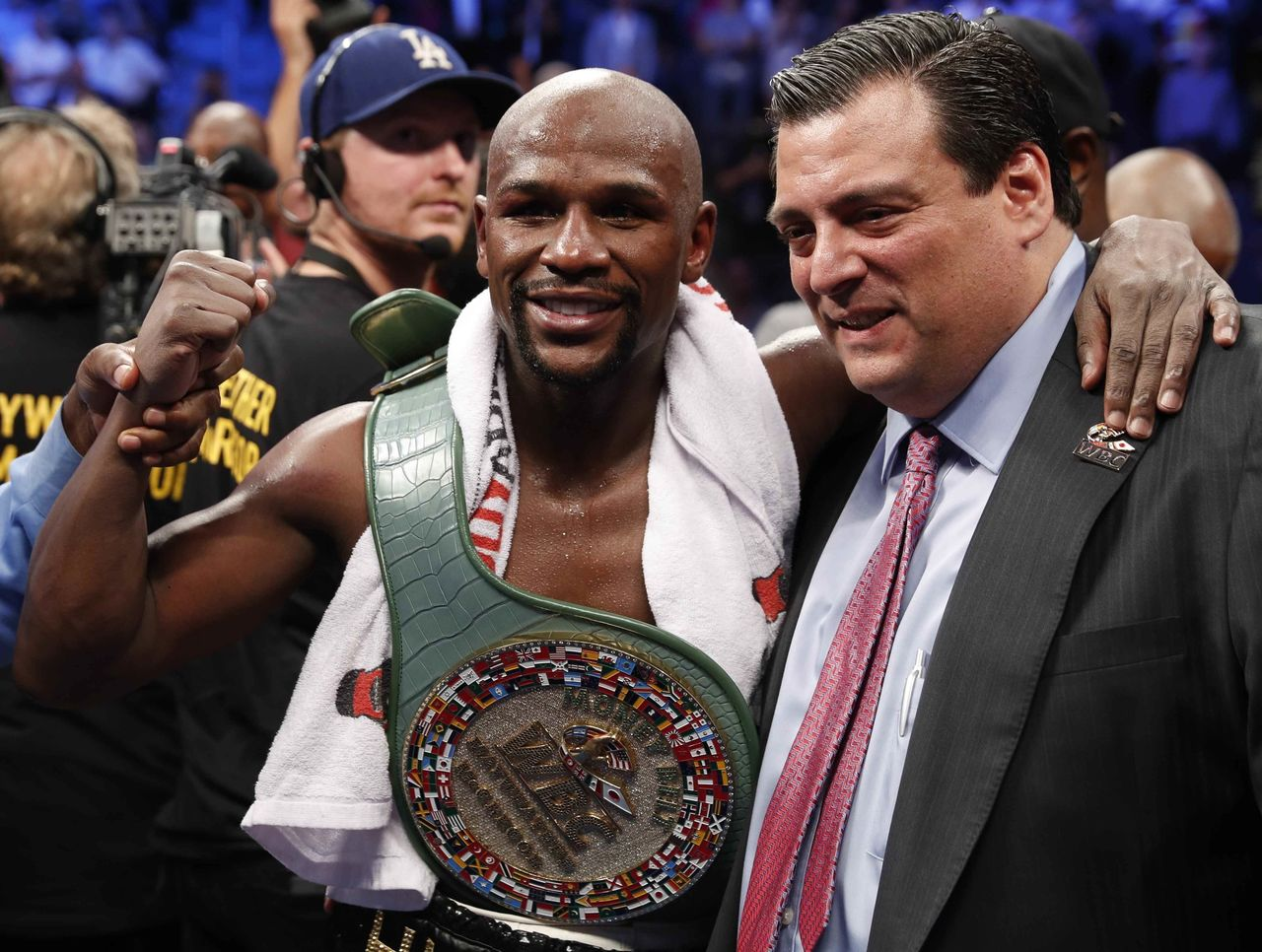 Cropped 2017 08 27t050357z 1176371528 hp1ed8r0e2k7v rtrmadp 3 boxing mayweather mcgregor