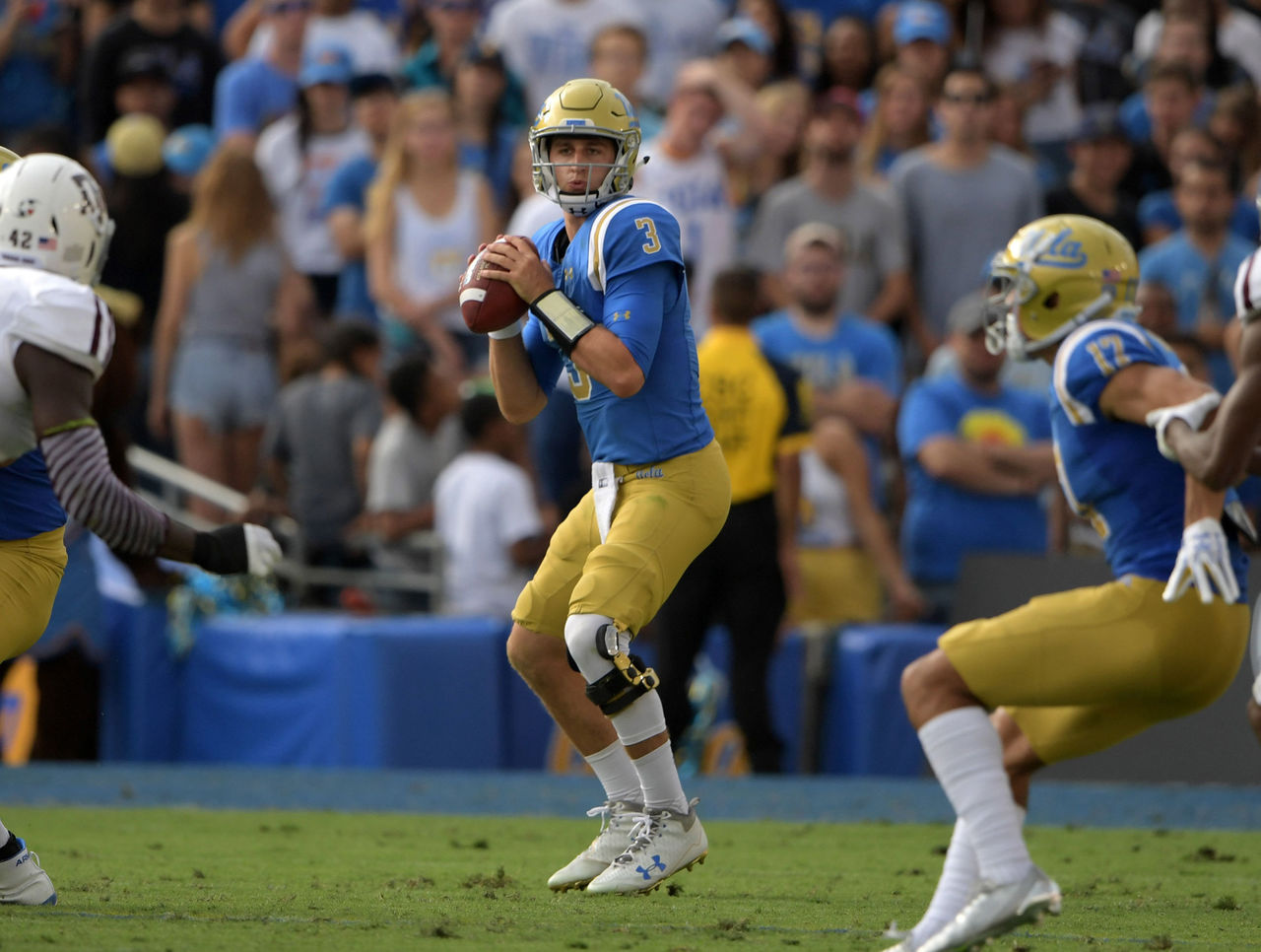 Cropped_2017-09-04t012602z_698160675_nocid_rtrmadp_3_ncaa-football-texas-a-m-at-ucla