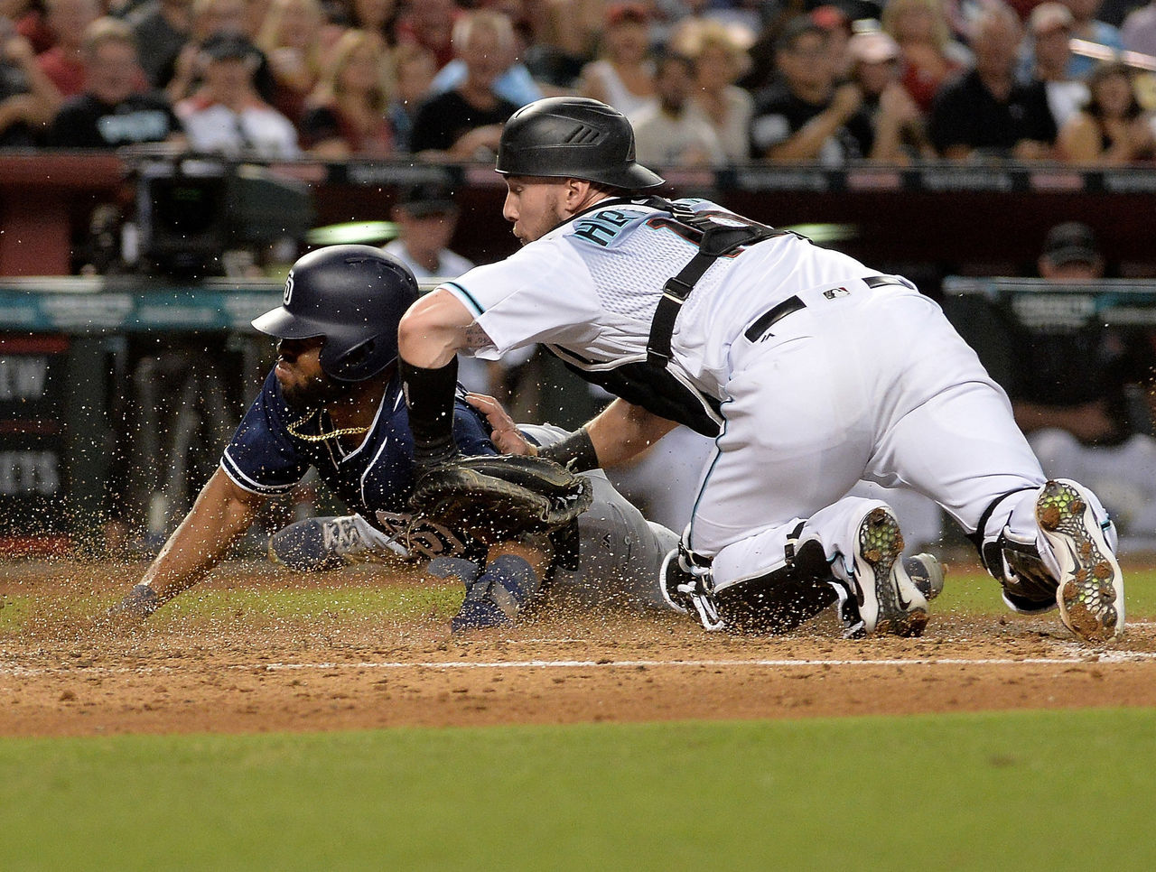 Cropped_2017-09-09t023708z_1366432929_nocid_rtrmadp_3_mlb-san-diego-padres-at-arizona-diamondbacks
