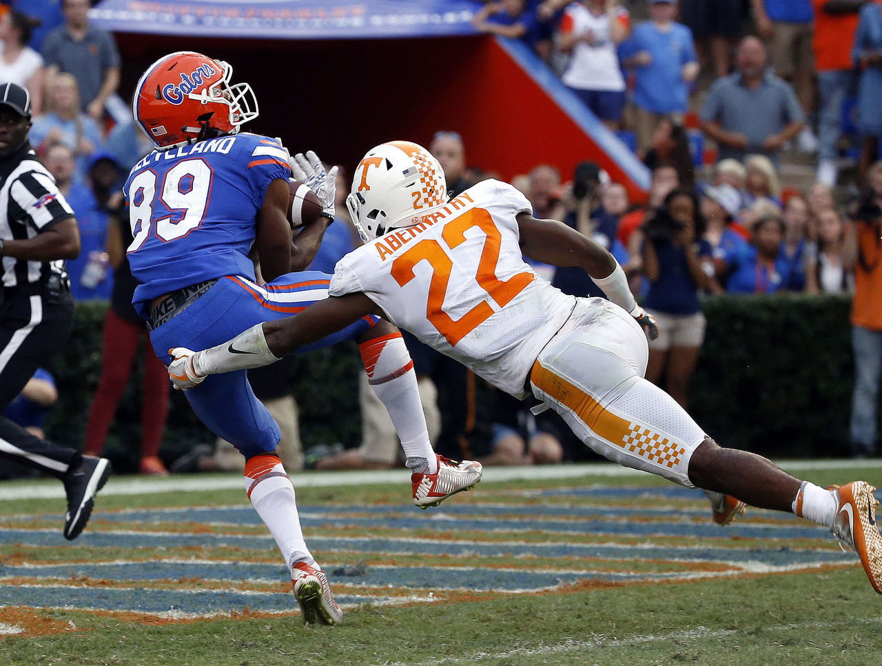 Cropped_2017-09-16t232738z_295881191_nocid_rtrmadp_3_ncaa-football-tennessee-at-florida