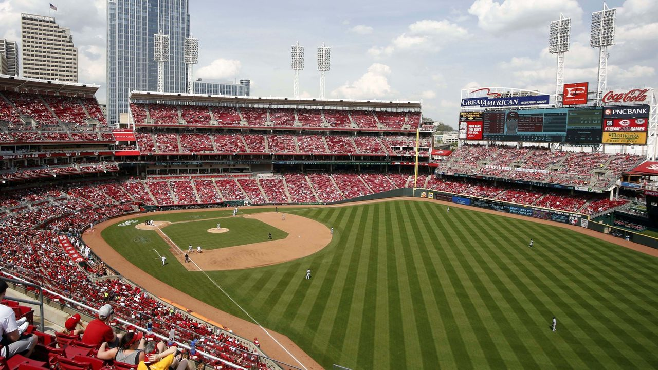 Cropped 2017 04 15t200305z 676719362 nocid rtrmadp 3 mlb milwaukee brewers at cincinnati reds