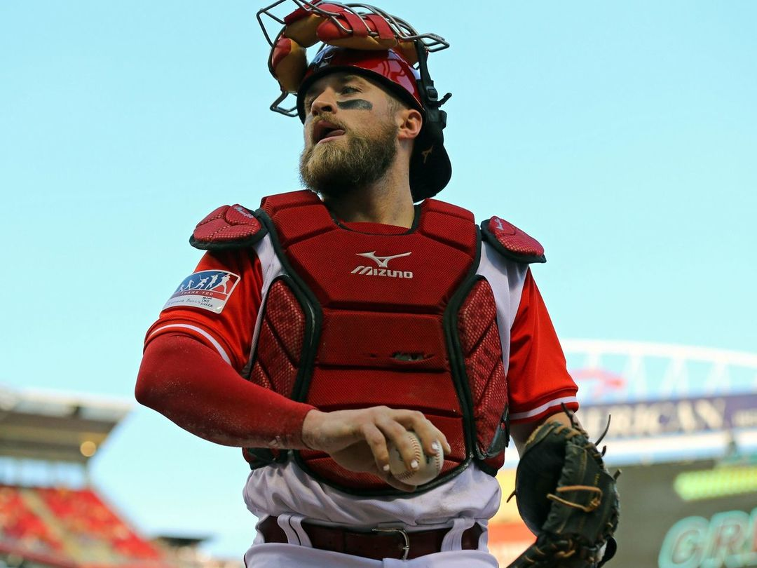 Reds' Barnhart: Yadi Molina is 'arguably the best catcher of all time'