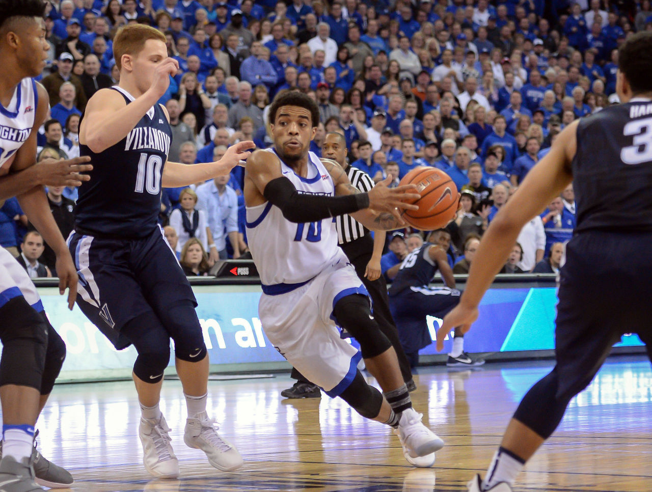 Cropped 2016 12 31t210811z 1109340655 nocid rtrmadp 3 ncaa basketball villanova at creighton