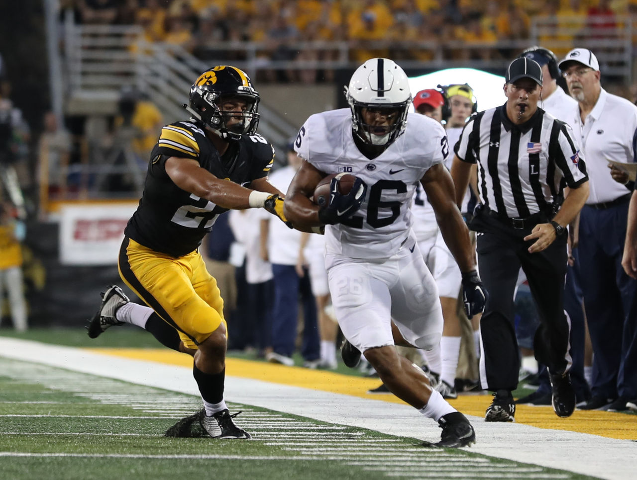 Cropped_2017-09-24t015040z_542970135_nocid_rtrmadp_3_ncaa-football-penn-state-at-iowa