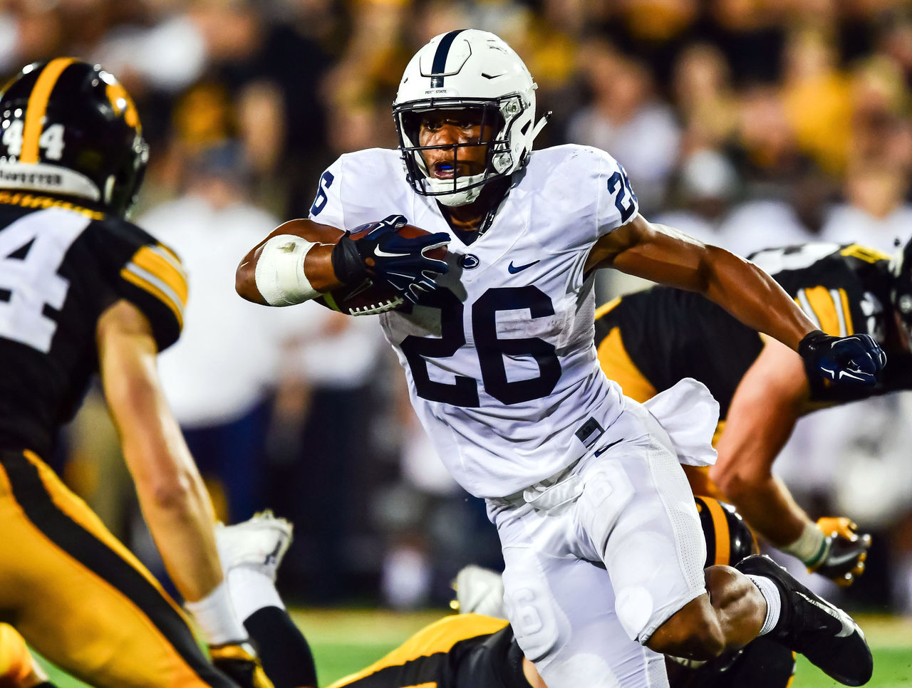 Cropped_2017-09-24t035829z_1558105987_nocid_rtrmadp_3_ncaa-football-penn-state-at-iowa