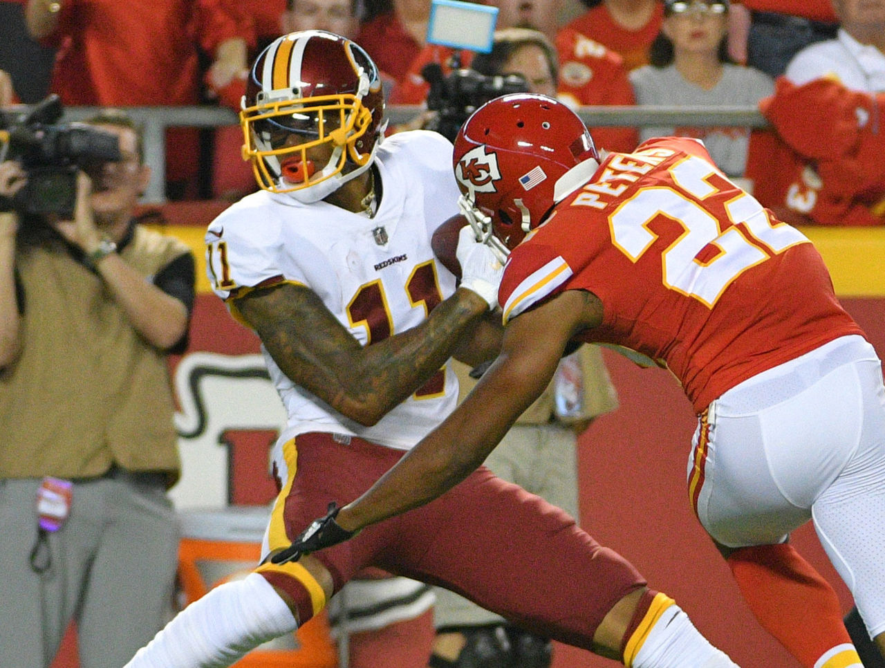 Cropped 2017 10 03t010428z 400737563 nocid rtrmadp 3 nfl washington redskins at kansas city chiefs