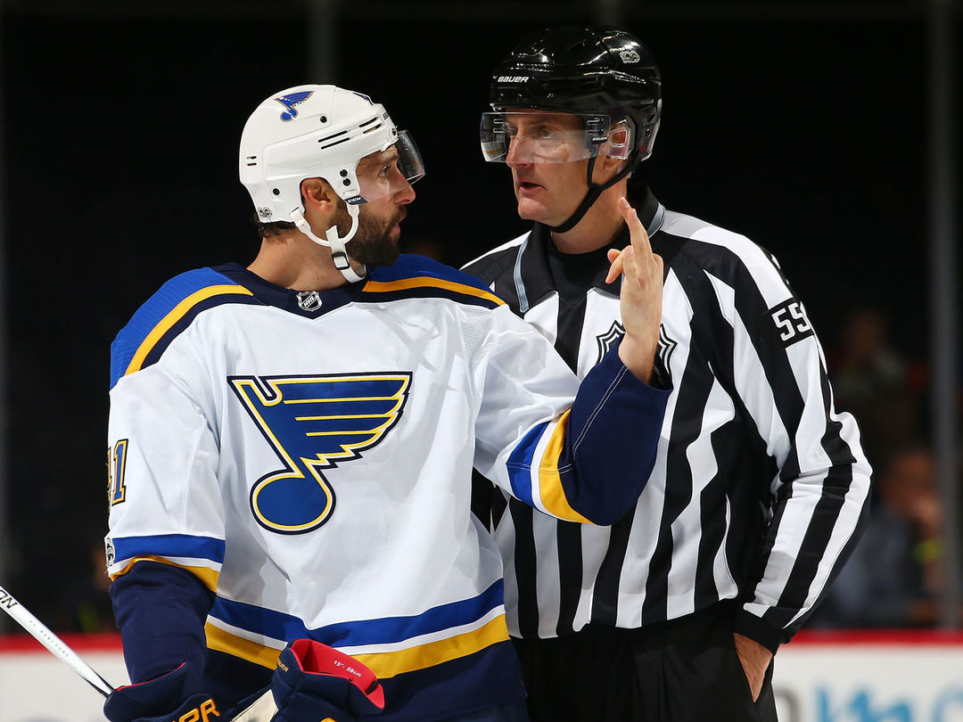 Blues' Bortuzzo fined for cross-checking Islanders' Nelson
