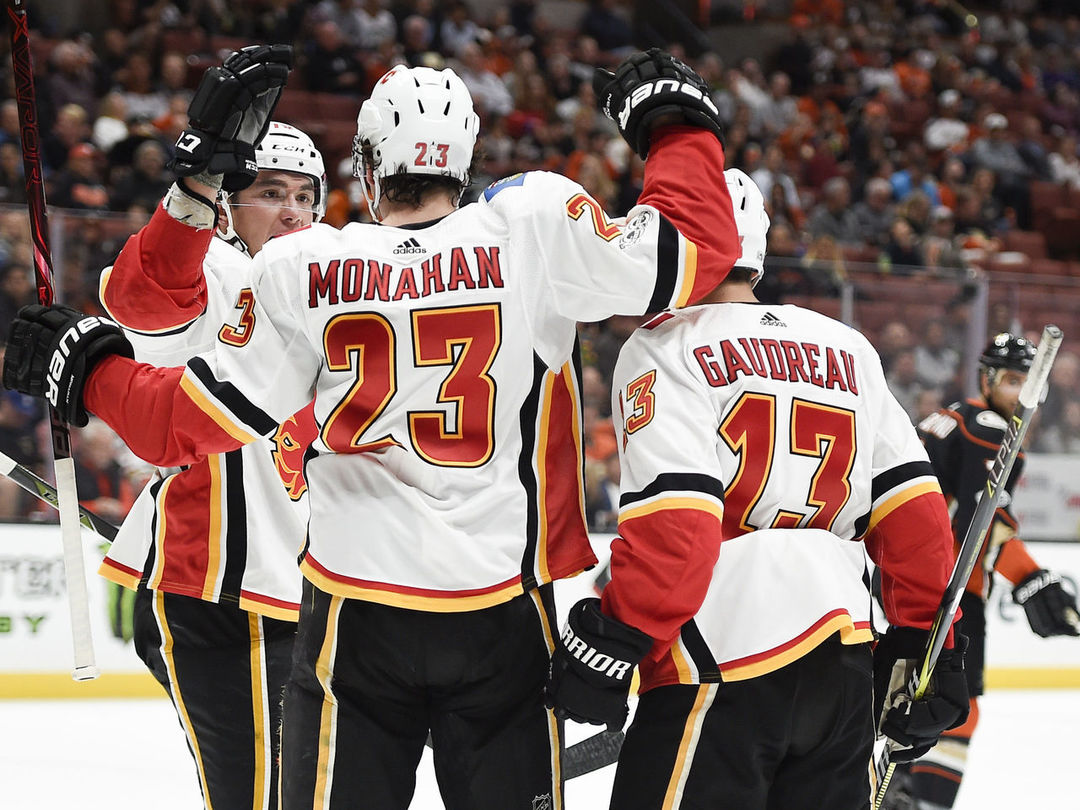 Flames end 29-game losing streak at Anaheim's Honda Center