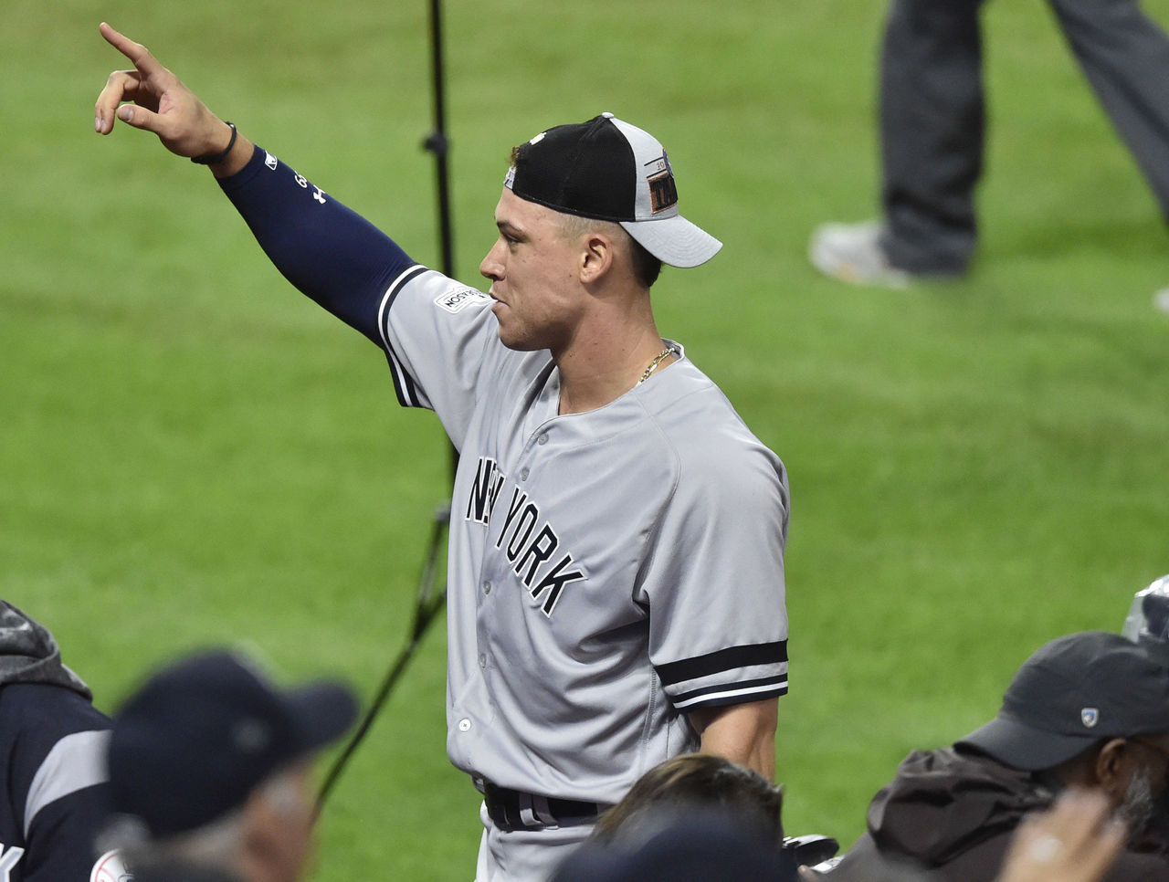 Cropped_2017-10-12t042331z_1284387445_nocid_rtrmadp_3_mlb-alds-new-york-yankees-at-cleveland-indians