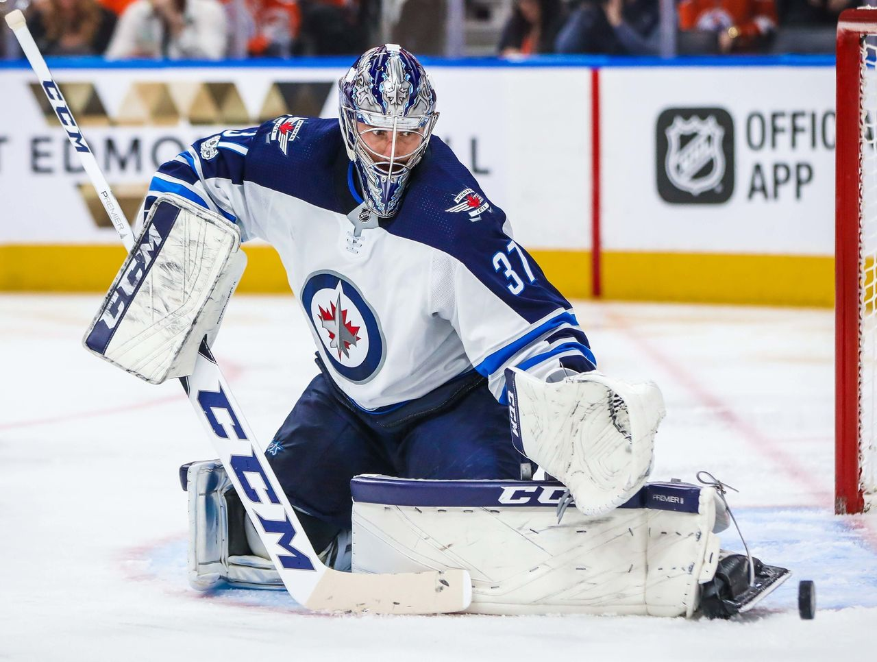 Cropped 2017 10 10t030612z 1018383676 nocid rtrmadp 3 nhl winnipeg jets at edmonton oilers