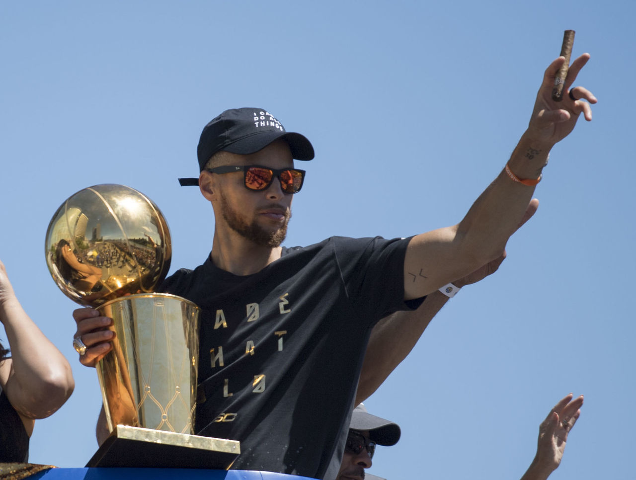Cropped 2017 06 15t194745z 225993020 nocid rtrmadp 3 nba golden state warriors championship celebration