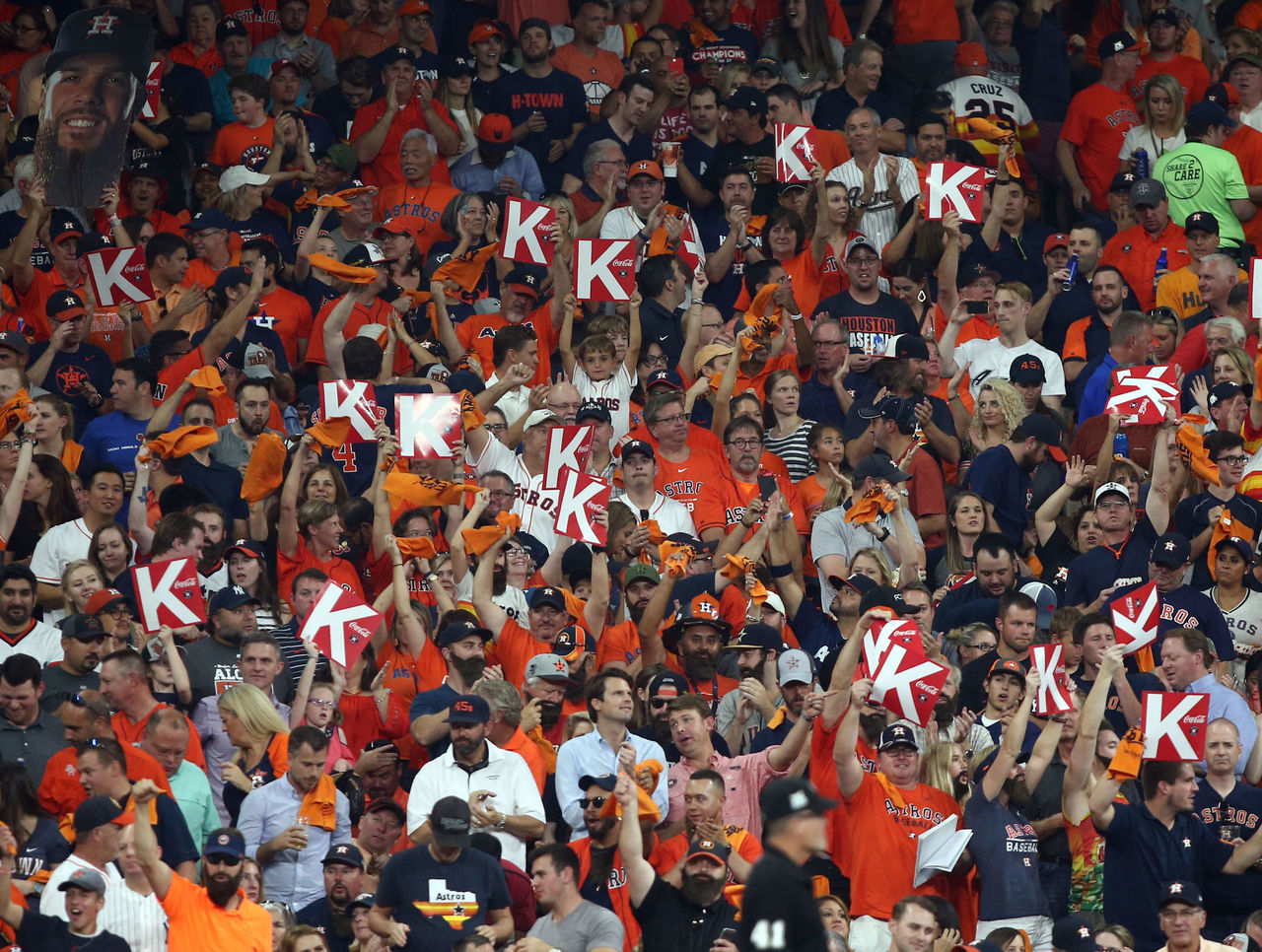 Cropped 2017 10 14t003739z 115723801 nocid rtrmadp 3 mlb alcs new york yankees at houston astros