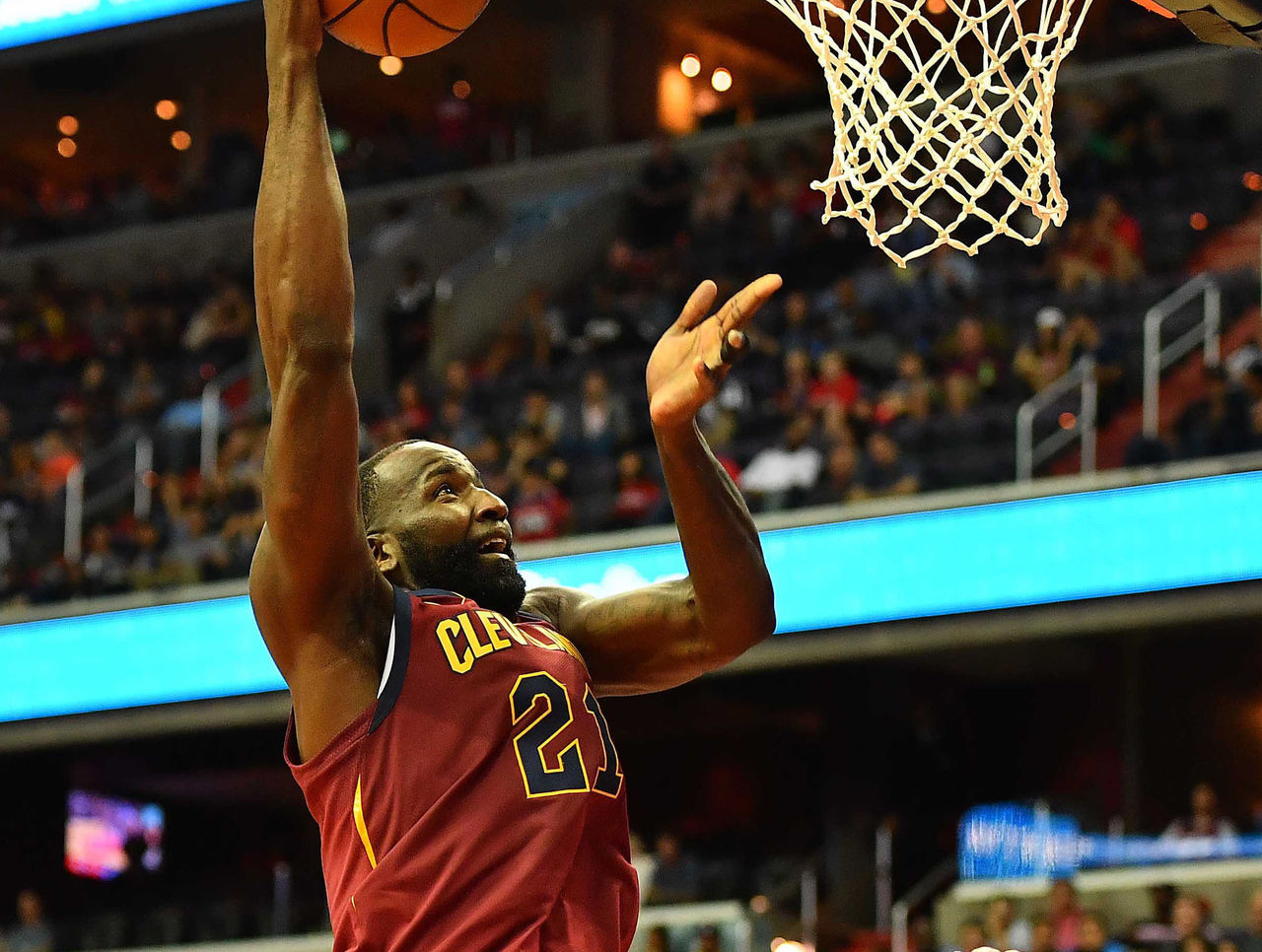 Cropped 2017 10 08t203008z 1832680280 nocid rtrmadp 3 nba preseason cleveland cavaliers at washington wizards