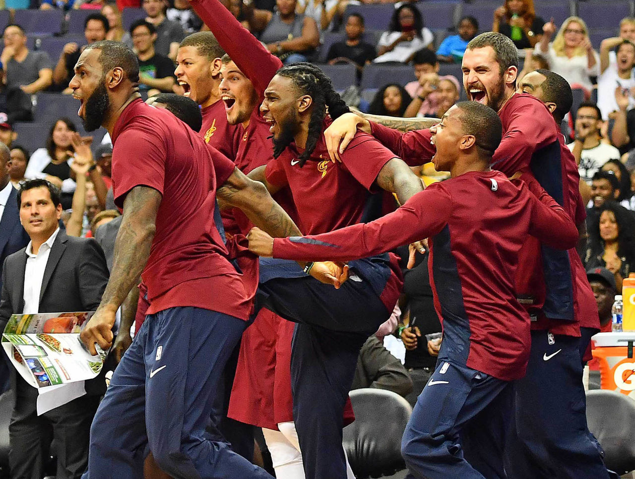 Cropped 2017 10 08t203802z 404848347 nocid rtrmadp 3 nba preseason cleveland cavaliers at washington wizards