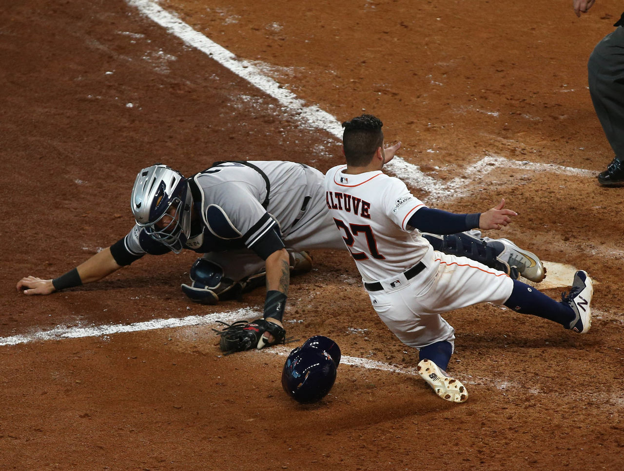 Cropped 2017 10 14t232103z 747409329 nocid rtrmadp 3 mlb alcs new york yankees at houston astros