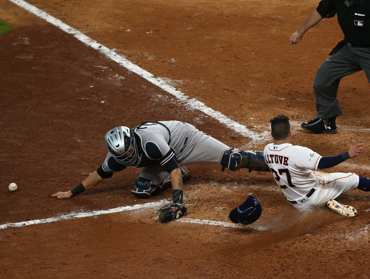 Cropped 2017 10 14t232335z 1906470197 nocid rtrmadp 3 mlb alcs new york yankees at houston astros