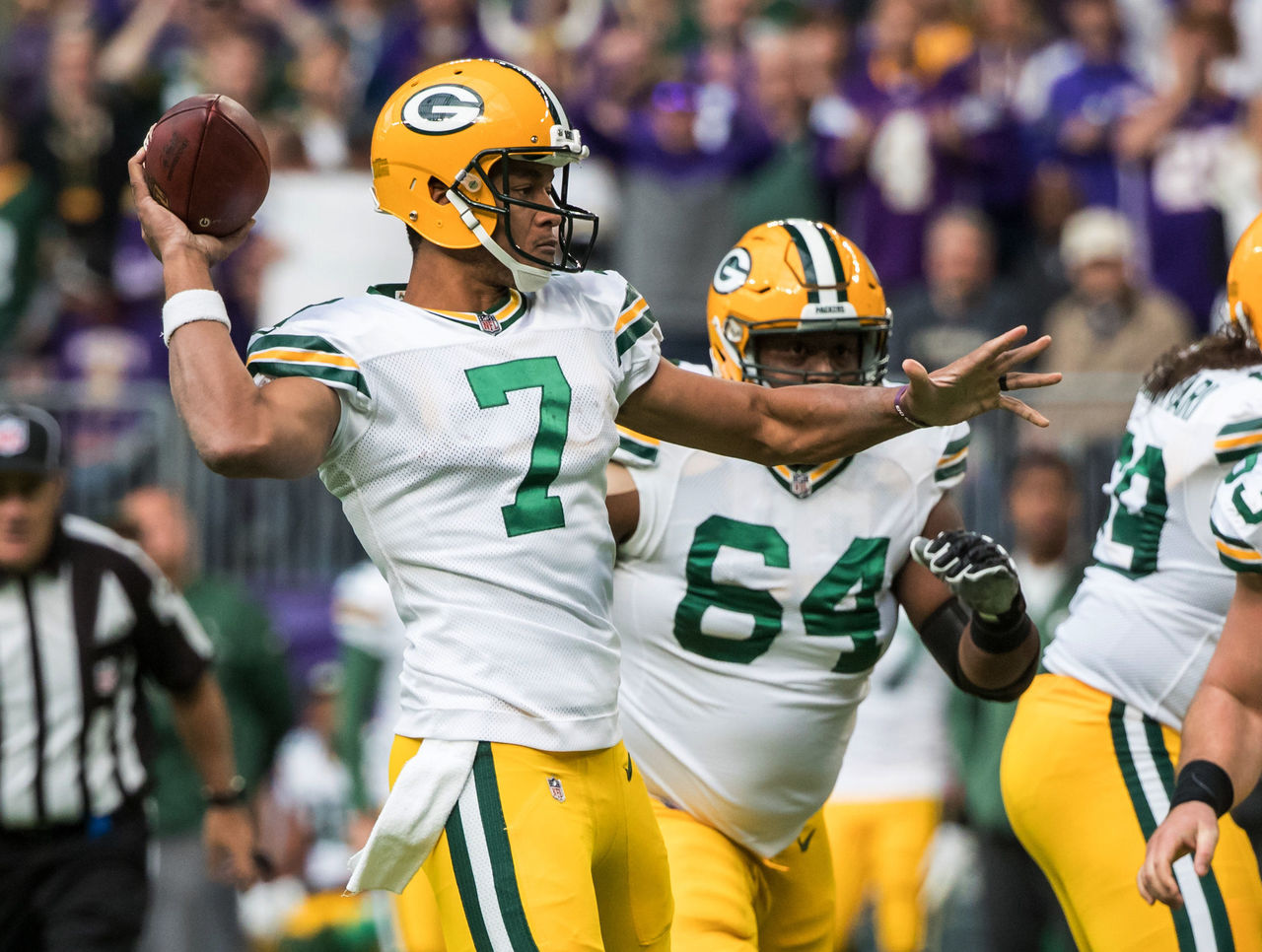 Cropped 2017 10 15t192714z 802149702 nocid rtrmadp 3 nfl green bay packers at minnesota vikings