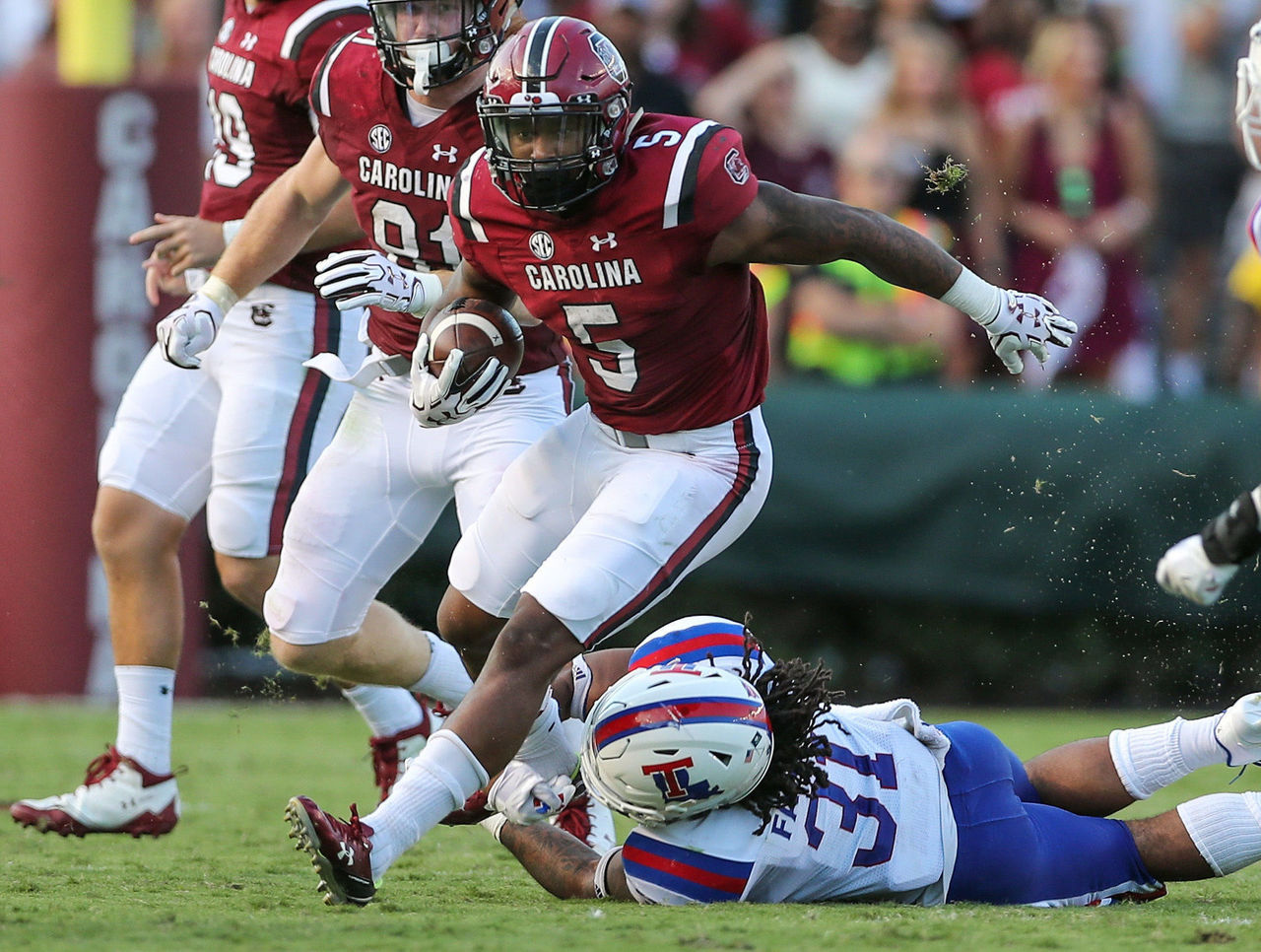Cropped_2017-09-23t233845z_1059570930_nocid_rtrmadp_3_ncaa-football-louisiana-tech-at-south-carolina