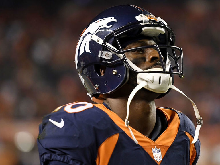 Sanders: Broncos 'living in a world of suck'