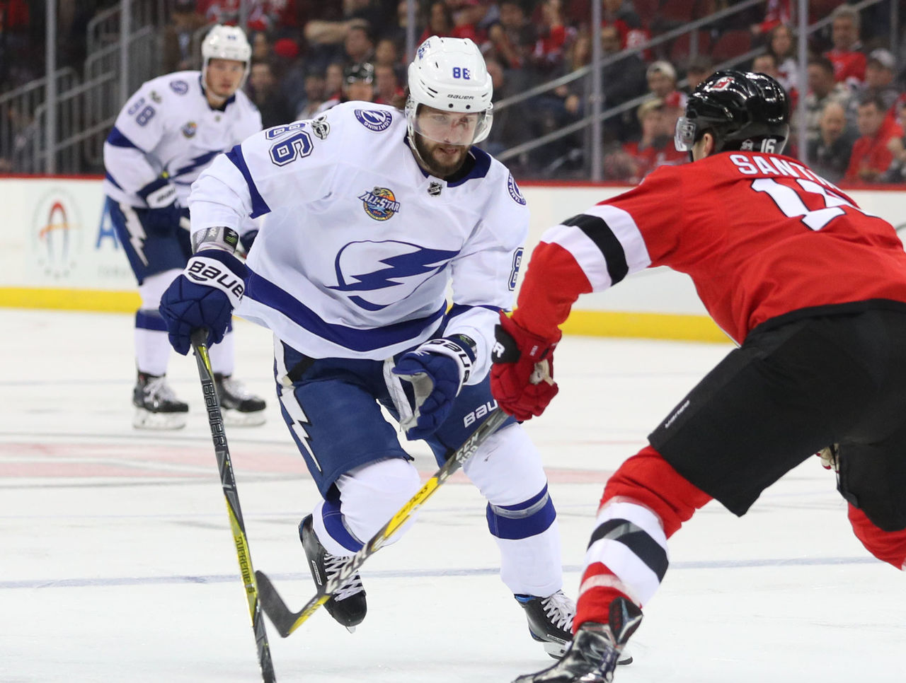 Cropped 2017 10 18t003746z 60292433 nocid rtrmadp 3 nhl tampa bay lightning at new jersey devils