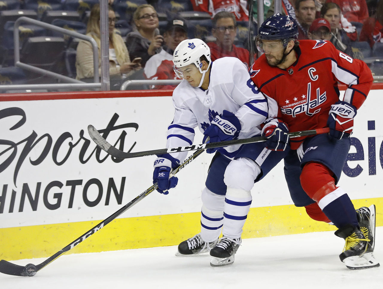 Cropped 2017 10 17t235449z 1423293079 nocid rtrmadp 3 nhl toronto maple leafs at washington capitals