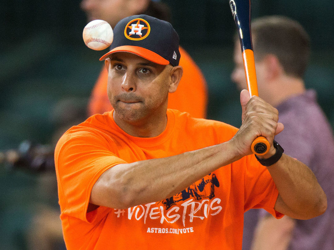 Report: Cora to be named Red Sox manager when Astros' playoff run ends