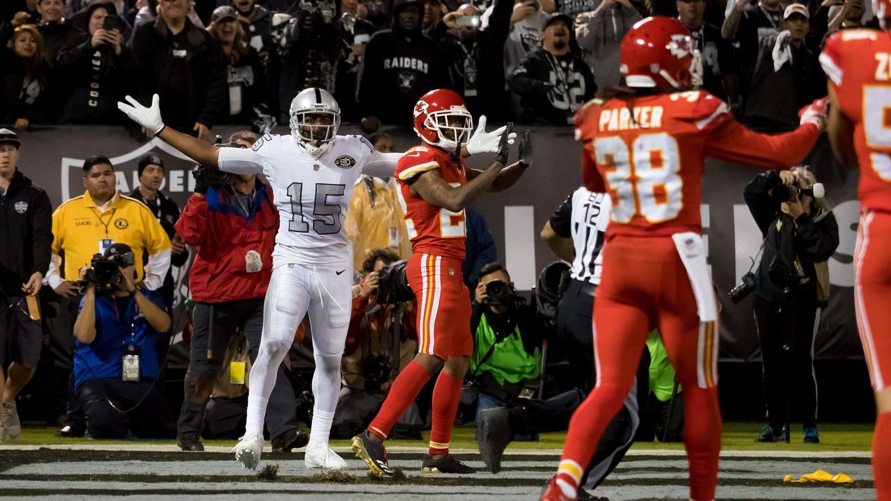 Cropped 2017 10 20t042600z 1840129882 nocid rtrmadp 3 nfl kansas city chiefs at oakland raiders
