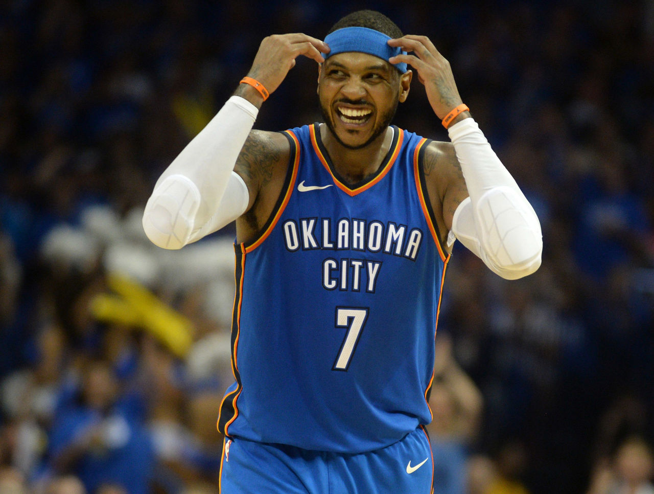 Cropped 2017 10 20t030444z 10214088 nocid rtrmadp 3 nba new york knicks at oklahoma city thunder