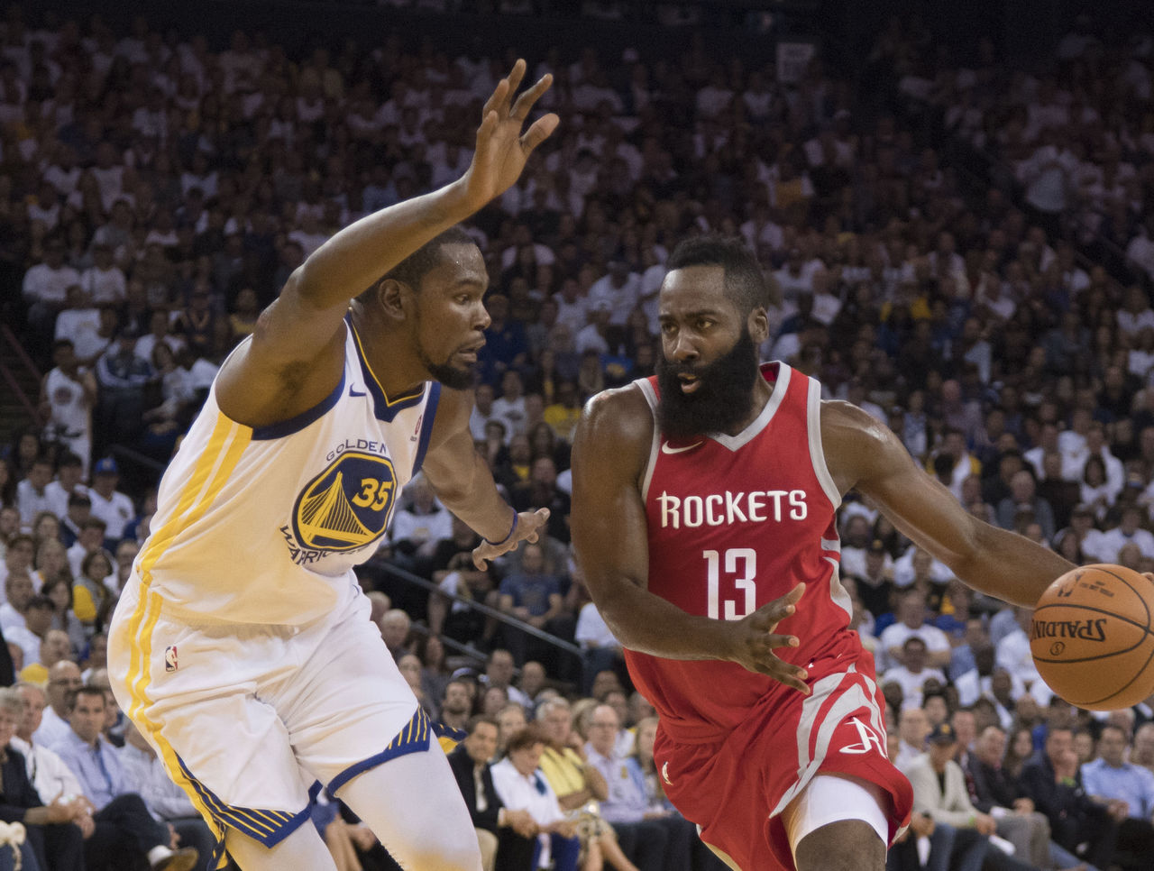 Cropped 2017 10 18t041511z 1774077601 nocid rtrmadp 3 nba houston rockets at golden state warriors