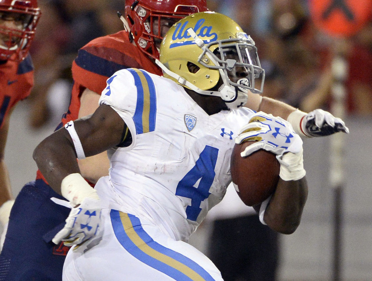 Cropped 2017 10 15t050305z 374054810 nocid rtrmadp 3 ncaa football ucla at arizona