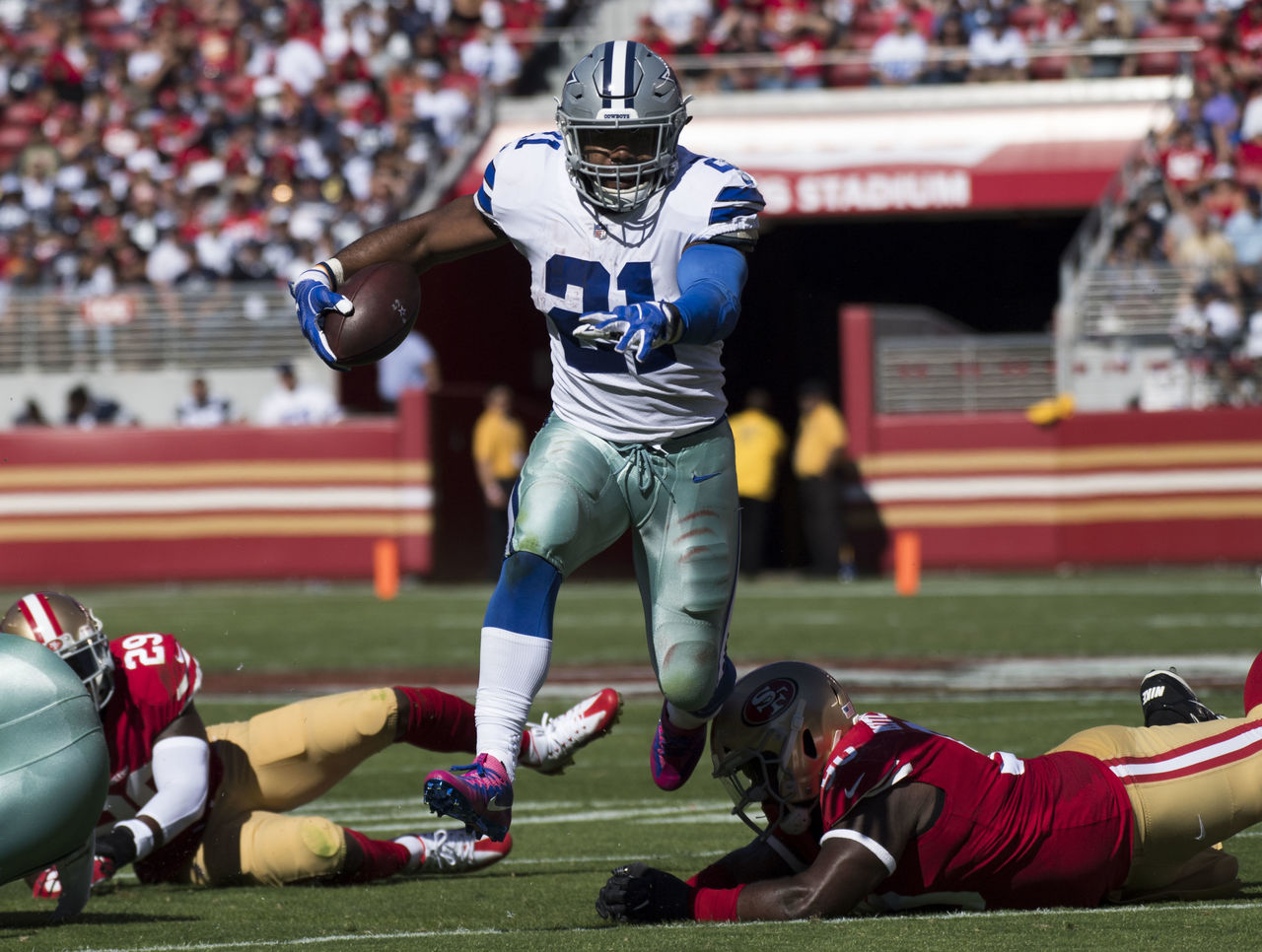 Cropped 2017 10 22t214122z 133599877 nocid rtrmadp 3 nfl dallas cowboys at san francisco 49ers