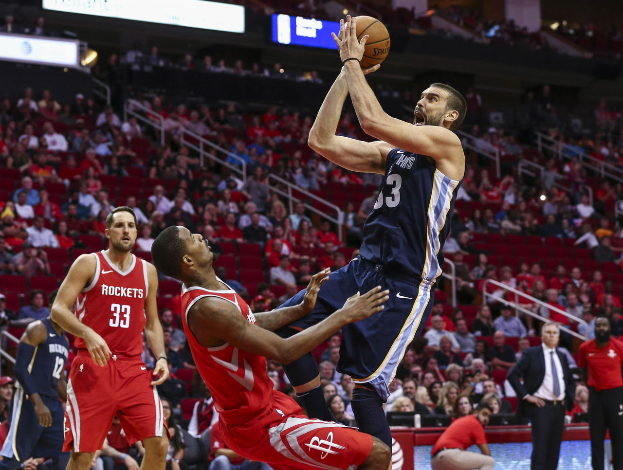 Cropped 2017 10 24t024527z 330774355 nocid rtrmadp 3 nba memphis grizzlies at houston rockets