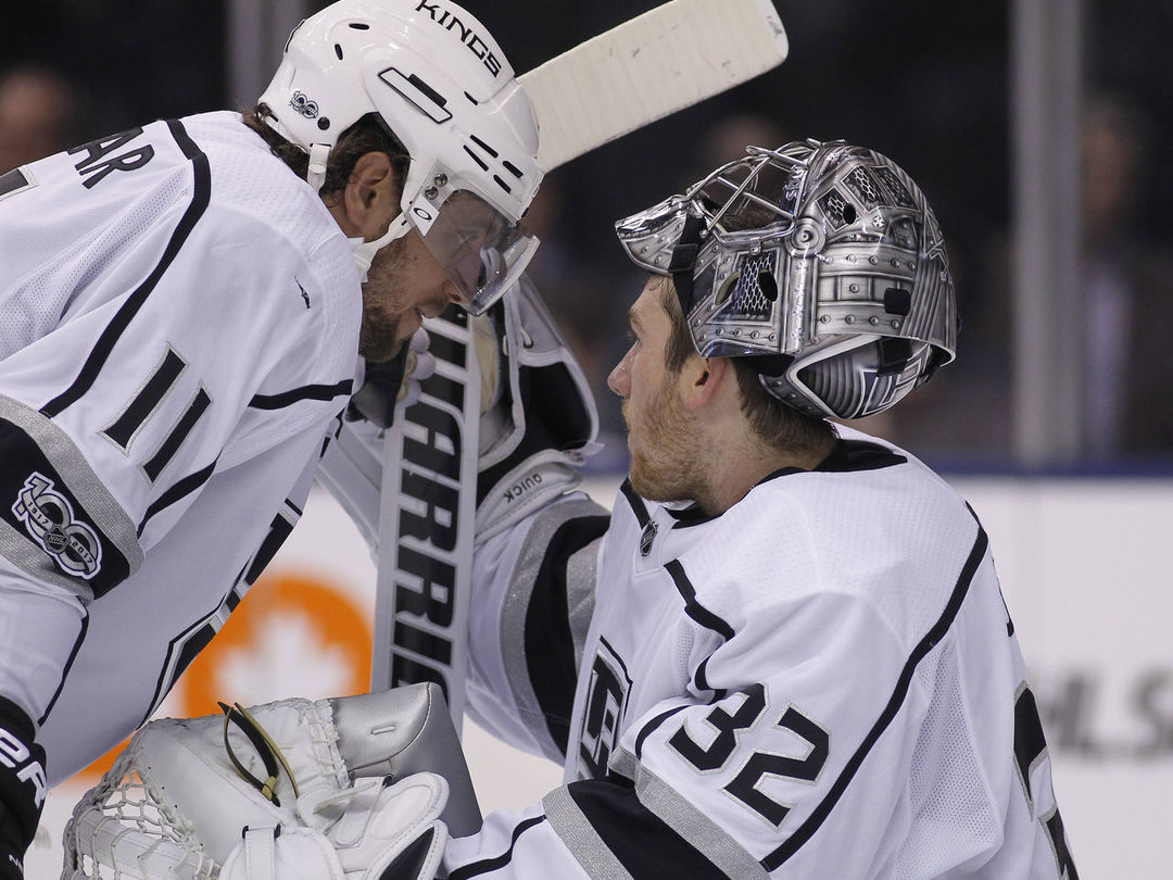 NHL clarifies bizarre concussion protocol incident with Kings' Quick
