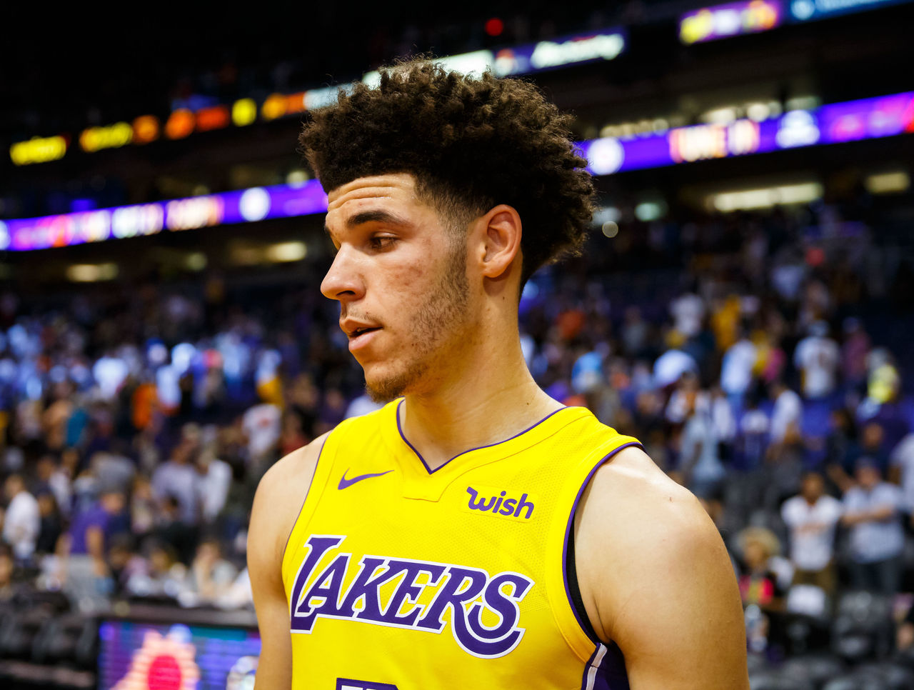 Cropped 2017 10 21t062140z 37686638 nocid rtrmadp 3 nba los angeles lakers at phoenix suns