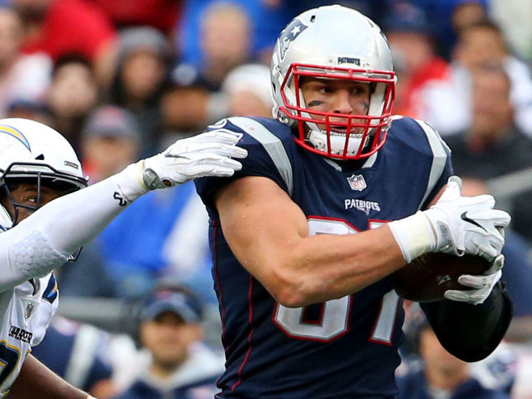 Report: Gronkowski won't hold out of training camp