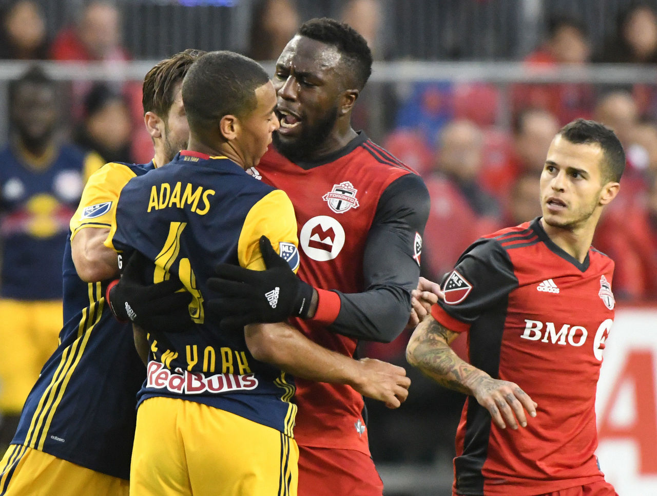 Cropped_2017-11-05t212400z_839957642_nocid_rtrmadp_3_mls-eastern-conference-semifinal-new-york-red-bulls-at-toronto-fc