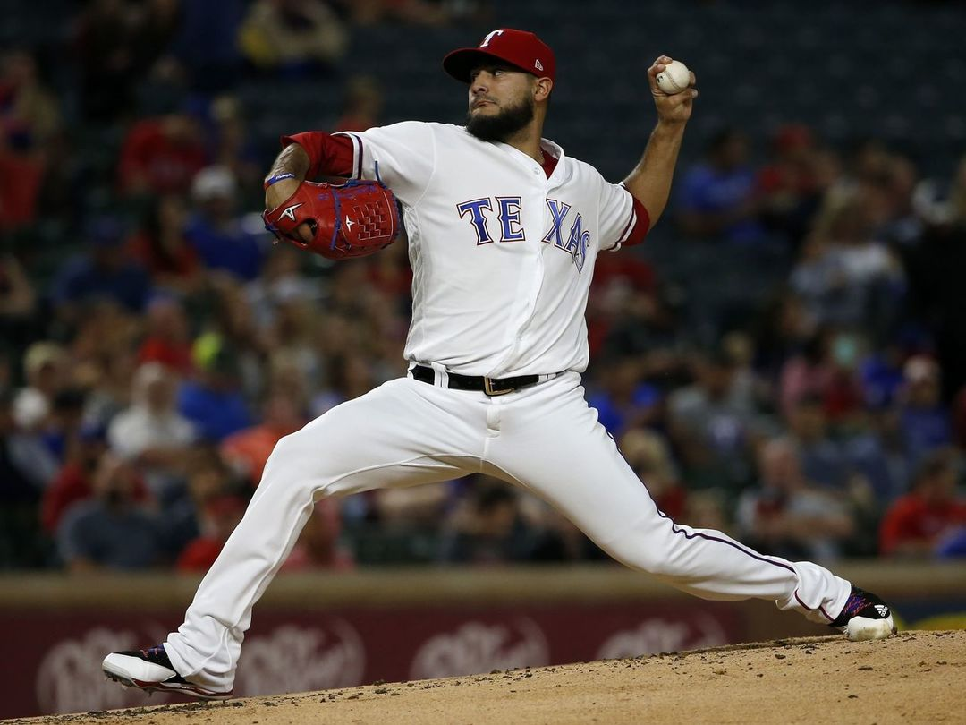 Report: Rangers to pick up Perez's $6M option