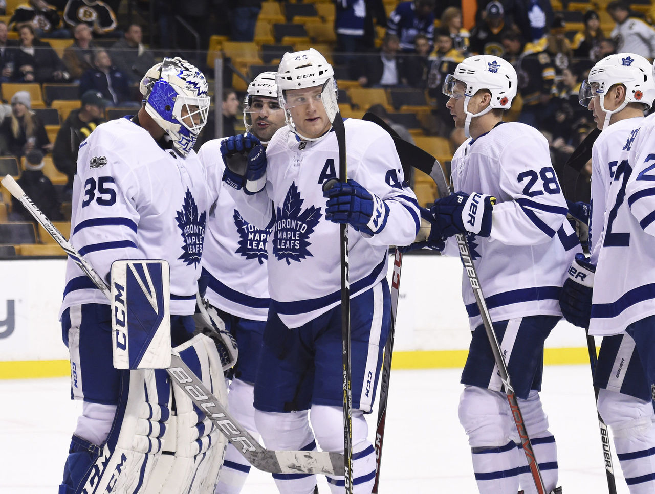 Cropped 2017 11 12t031842z 233605318 nocid rtrmadp 3 nhl toronto maple leafs at boston bruins
