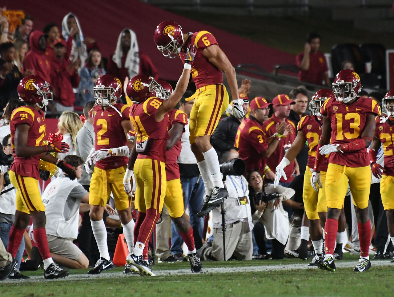 Cropped 2017 11 19t013028z 825242970 nocid rtrmadp 3 ncaa football ucla at southern california