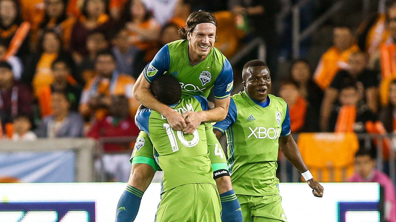 Cropped_2017-11-22t032201z_1699745820_nocid_rtrmadp_3_mls-western-conference-championship-seattle-sounders-at-houston-dynamo