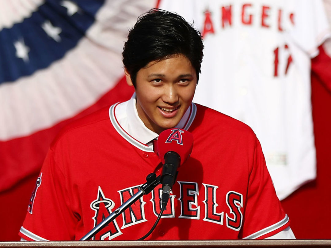 Report: Angels' Ohtani dealing with UCL sprain in pitching elbow