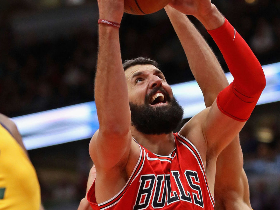 Bulls win 4th straight after 3-20 start; undefeated since Mirotic's return