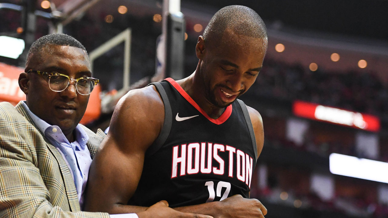 Cropped 2017 12 14t040804z 1791652973 nocid rtrmadp 3 nba charlotte hornets at houston rockets