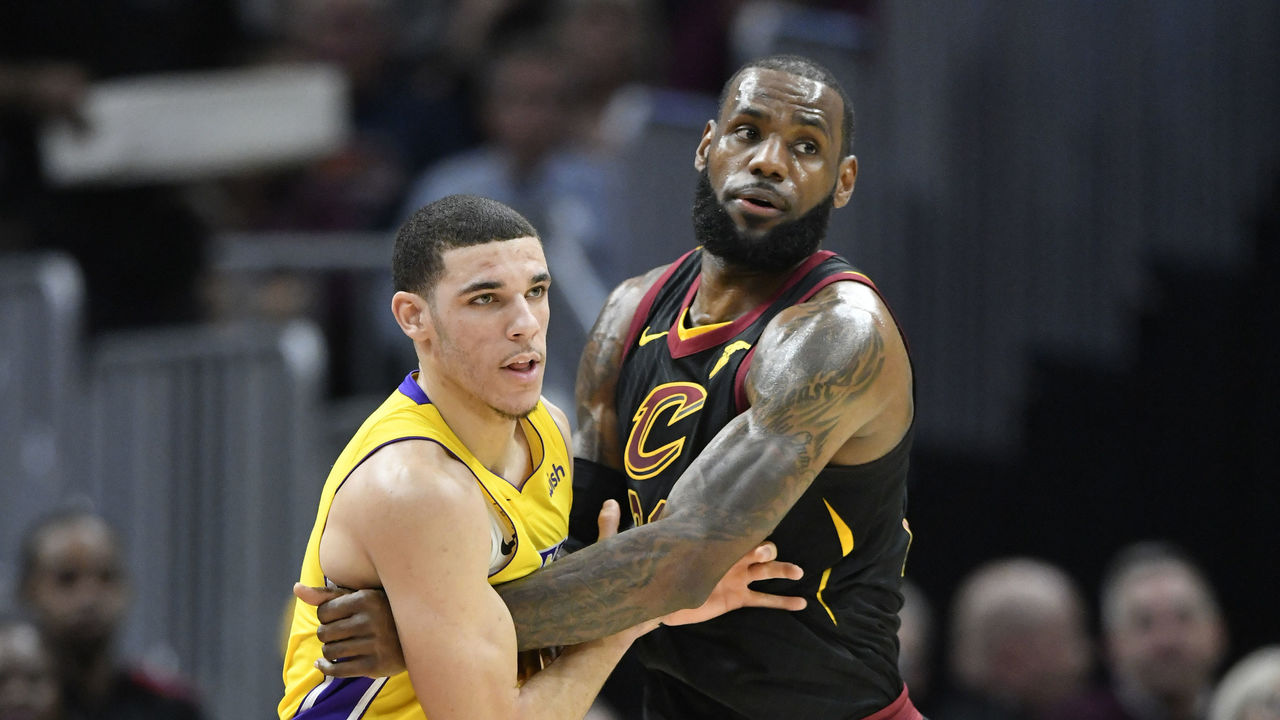 Cropped 2017 12 15t014911z 1560899124 nocid rtrmadp 3 nba los angeles lakers at cleveland cavaliers