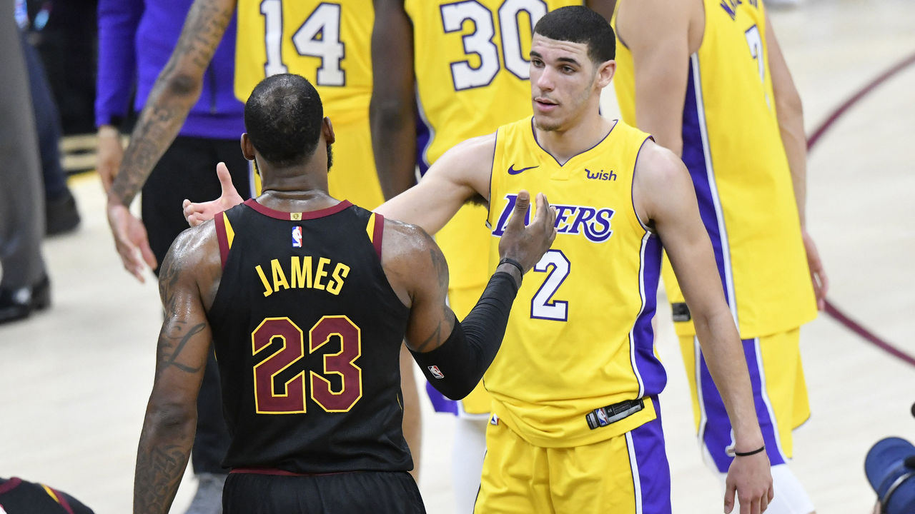 Cropped 2017 12 15t034139z 865497773 nocid rtrmadp 3 nba los angeles lakers at cleveland cavaliers