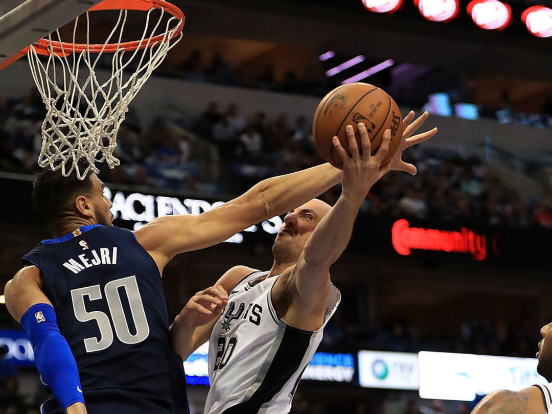 Watch: Manu's game-winning layup caps Spurs' 13-0 run to beat Mavs