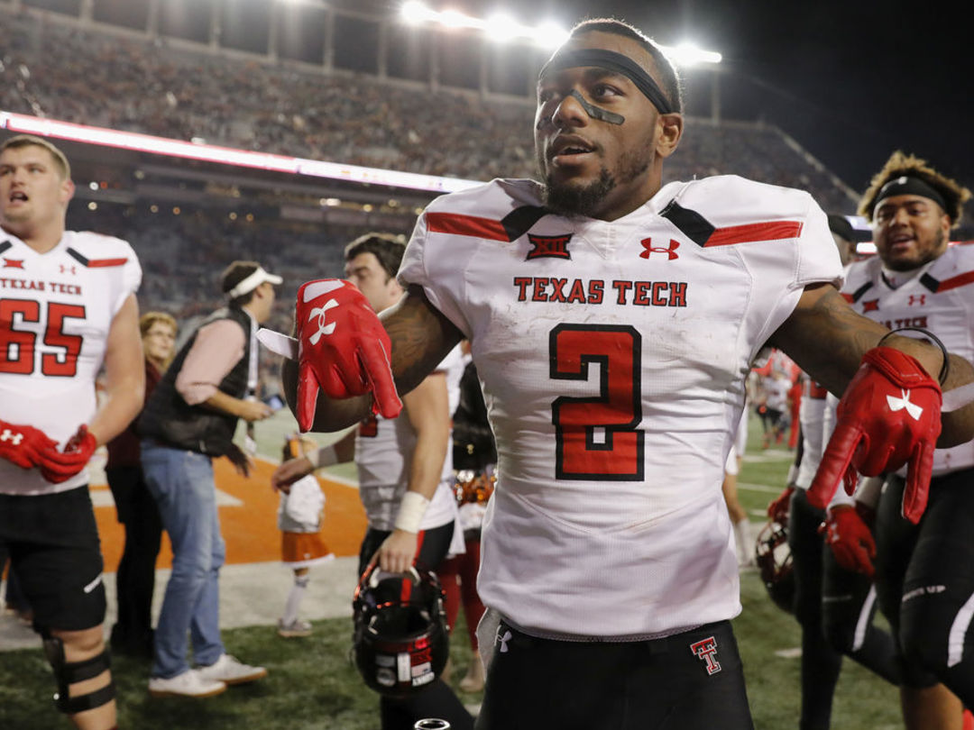 Texas Tech's Coutee declares for 2018 NFL Draft
